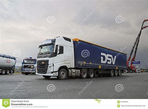 volvo truck service center white volvo fh 500 semi truck at demo drive editorial