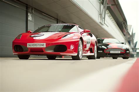 unmissable supercar driving experiences   uk