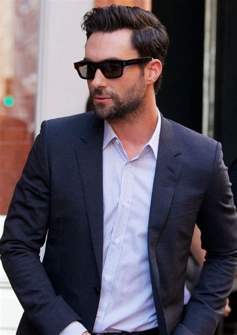 Adam Levine?s Haircuts ? Cool Hairstyles for Men   Styles