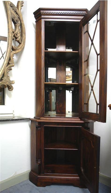 eckvitrine vitrine eckschrank antik stil massivholz