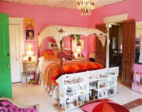 17 Best Images About Kitschy Tacky Interiors On Pinterest. How To Change Kitchen Cabinets. French Country Cottage Kitchen. Kitchen Table Chandeliers. Glass Doors For Kitchen Cabinets. Ninja Mega Kitchen System 1500 Kohls. How To Vent A Kitchen Sink. Backsplash Ideas For Small Kitchens. Kitchen Faucetts