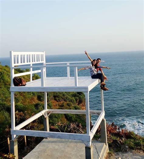 wajah  wisata teras kaca pantai nguluran gunungkidul