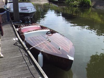 side  side  mahogany runabout