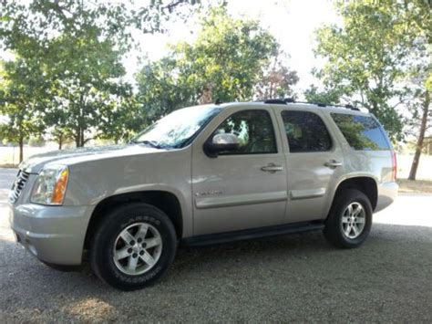 purchase   gmc yukon wd silver birch  burlington kansas united states