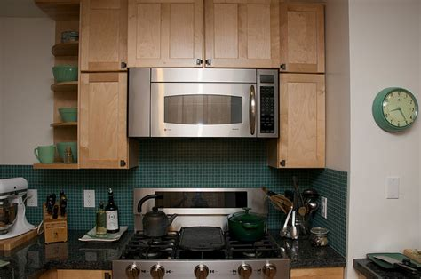 Does Your Range Hood Suck? Cooking Spikes Indoor Air