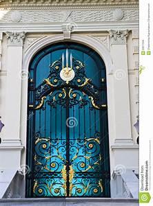 Portas Türen Preise : alte t ren stockfoto bild von architektur auslegung ~ Lizthompson.info Haus und Dekorationen
