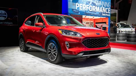 ford escape crossover revealed turbo  hybrid power