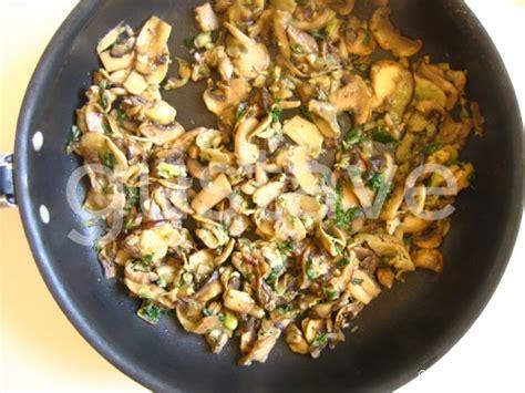 cuisiner chignons de frais a la poele poêlée de chignons persillés la recette gustave