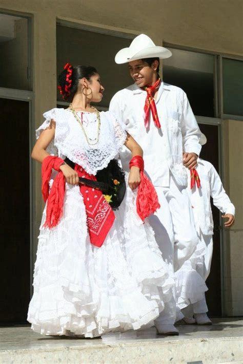26 best Vestido Tipico images on Pinterest Folklore
