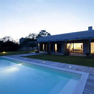 Eclairage Exterieur Piscine : pour votre piscine pensez l 39 clairage led le blog ~ Premium-room.com Idées de Décoration