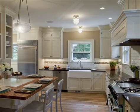 Colonial Kitchen  Houzz