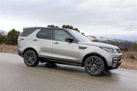 range rover land rover discovery 2017 land rover discovery first drive review digital trends