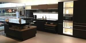 Homeofficedecoration cuisine poggenpohl for Kitchen cabinets lowes with pliage serviettes papier