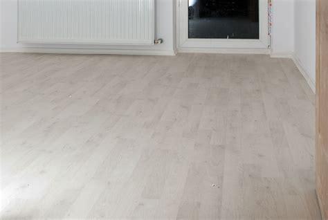 laminate flooring door jamb download installing laminate flooring under door jambs free backuperinnovative