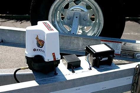 Boat Trailer Electric Brakes by Electric Hydraulic Brakes Trailering Boatus Magazine