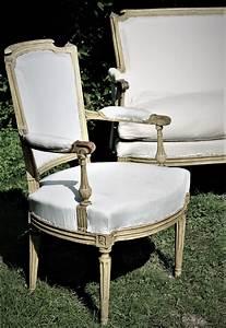 Mobilier De Salon : mobilier de salon d poque louis xvi magasin pierre brost ~ Teatrodelosmanantiales.com Idées de Décoration