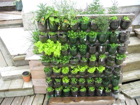 Vertical Garden Designs by Vertical Vegetable Garden Design Ideas The Garden