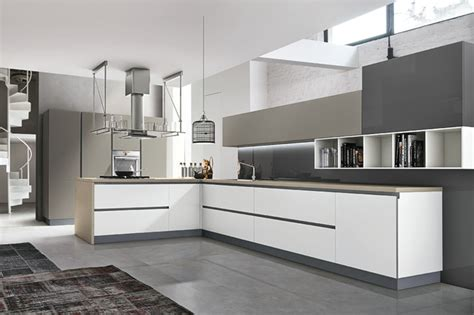 More Modern Italian Kitchens by Italian Kitchens Aleve Modern Kitchen Other By