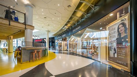 Interior Shopping by Ran Morris Integrates Fashion And Functionality In