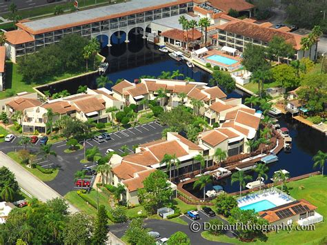 Pontoon Boat Rental Oahu by Peaceful Lake Tarpon Villas With Boat Florida Hotels