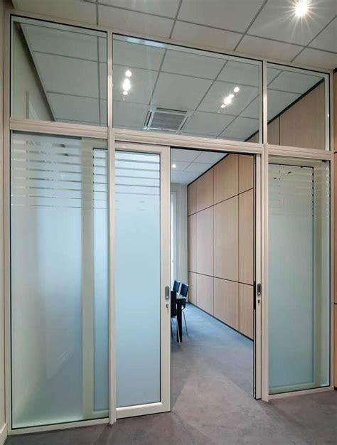 porte photo bureau les aménagements portes pour cloisons de bureau espace