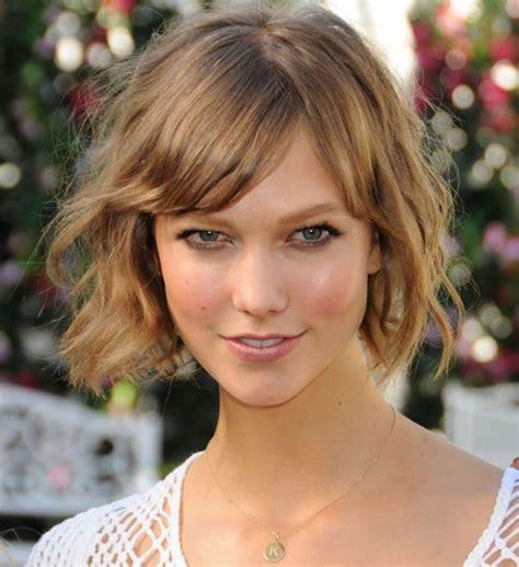 coupe de cheveux carré coupe de cheveux enfant visage carr 233 cheveux boucl 233 s chatains