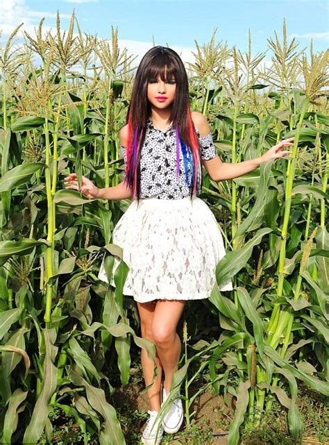 Selena Gomez 'hit The Lights' Video In Photos  Page 4 Of 6