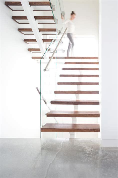 modern house  vancouver  filled  light
