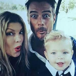 Josh Fergie & Axel Jack Duhamel in 2019   Family christmas ...
