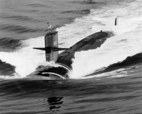 General Dynamics Electric Boat Shirt by Uss Batfish Ssn 681 Deployments History