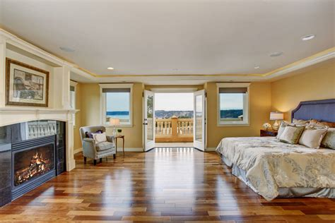 Bedroom Paint Ideas With Hardwood Floors by 32 Bedroom Flooring Ideas Wood Floors