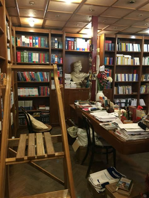 Libreria Forense Palermo by A Charming Bookshop In Palermo The Sicilian House