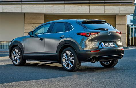 It went on sale in japan on 24 october 2019, with global units being produced at mazda's hiroshima factory. 25.000 kr. for at rykke op i Mazda CX-30 - Hvilkenbil.dk