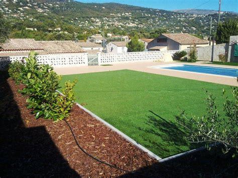 transformation du jardin comportant la piscine avec apport de gazon synth 233 tique et 233 corces