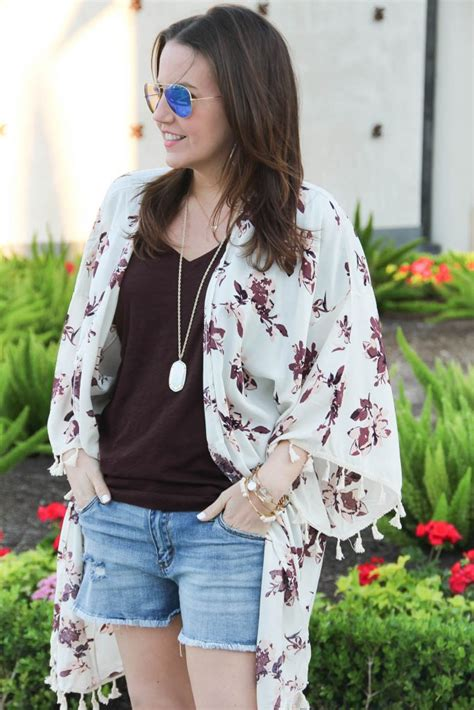 Floral Kimono + Distressed Shorts under $40   Lady in VioletLady in Violet