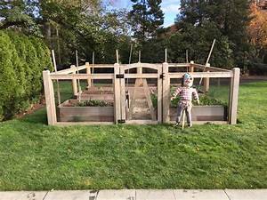 Riverside fence garden enclosures for Garden enclosure