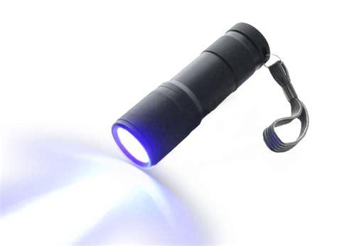 how to make a black light flashlight 5 best black light flashlights professional checking