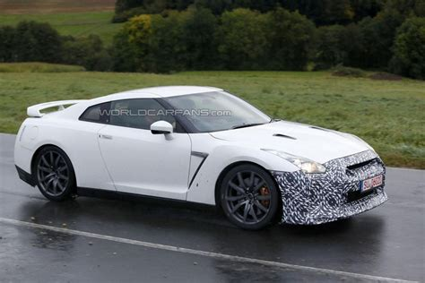 Nissan Prototype by 2017 Nissan Gt R Prototype Seen On The Road Motor Exclusive