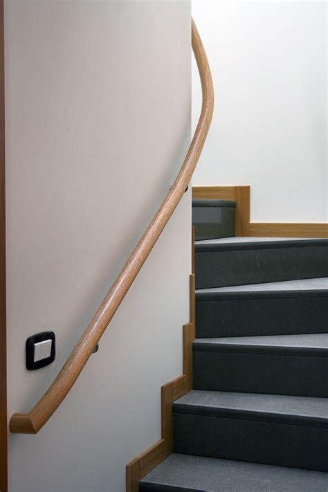 corrimano scale in legno corrimano a muro elicoidale de stalis scale