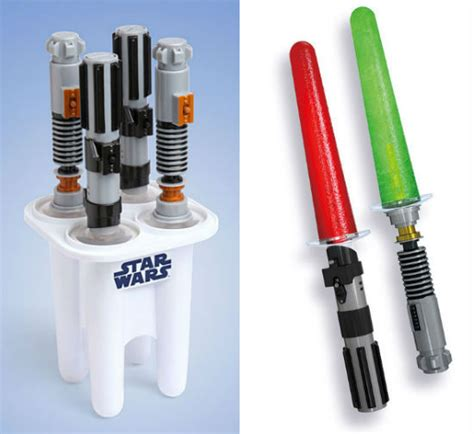 The Ultimate Gift Guide For Star Wars Fans - 28 Geektastic ...