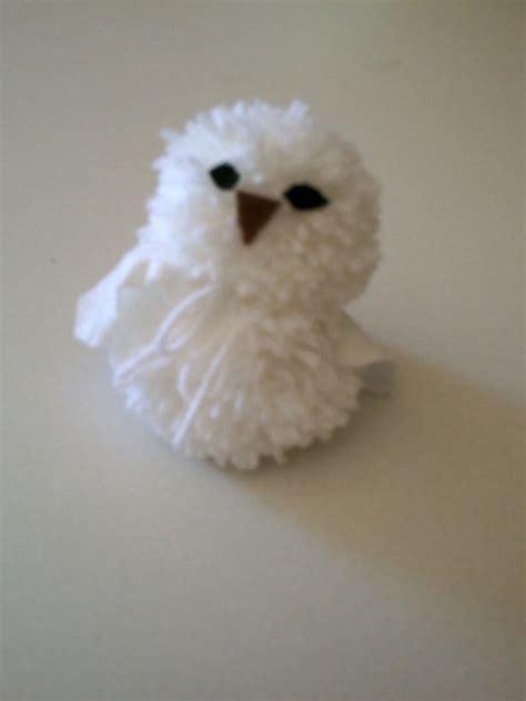 pom pom owl     bird plushie yarn craft  cut