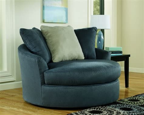 Modern Swivel Chairs For Living Room by Oversized Swivel Chair For Living Room In Contemporary