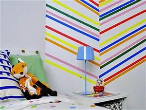 Decoration Murale Chambre Enfant : decoration murale chambre enfant avec ruban adhesif de couleurs ~ Teatrodelosmanantiales.com Idées de Décoration