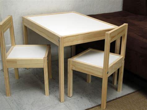 table et chaise bébé ikea customiser un meuble pour votre enfant et avec lui une