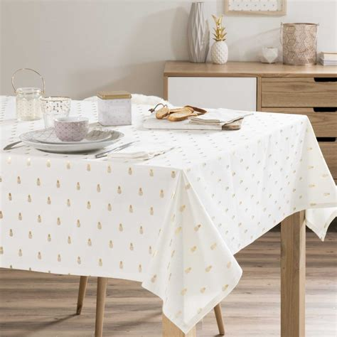 nappe de table carre nappe de table carre 28 images nappe carr 233 e 180x180 cm selartex table carr 233 e