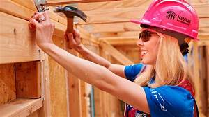 50 women leaders join forces to build new homes - YouTube