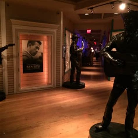 Buck Owens' Crystal Palace  255 Photos & 215 Reviews