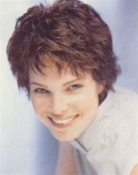 classic short haircuts  women
