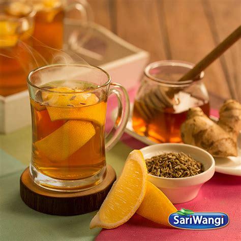 Seduh sariwangi teh hijau di dalam air mendidih. Cara Membuat Minuman Lemon Dan Madu - Seputar Minuman