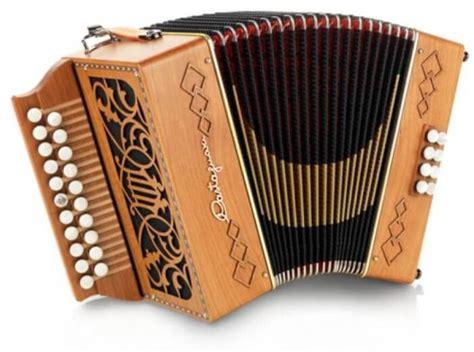 Alat musik yang kedua ini berasal dari minahasa, sulawesi utara. 49 Nama Alat Musik Tradisional Indonesia dan Daerah Asalnya